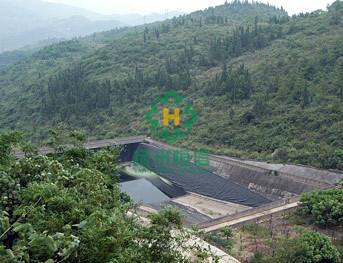 数  量:10万m2 规  格:500g/m2 产品名称:透水土工布 上一条:西安江村图片